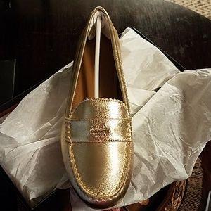 Coach BRAND NEW odette loafer